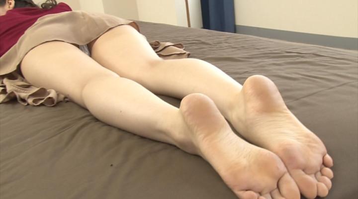 汚れた足裏